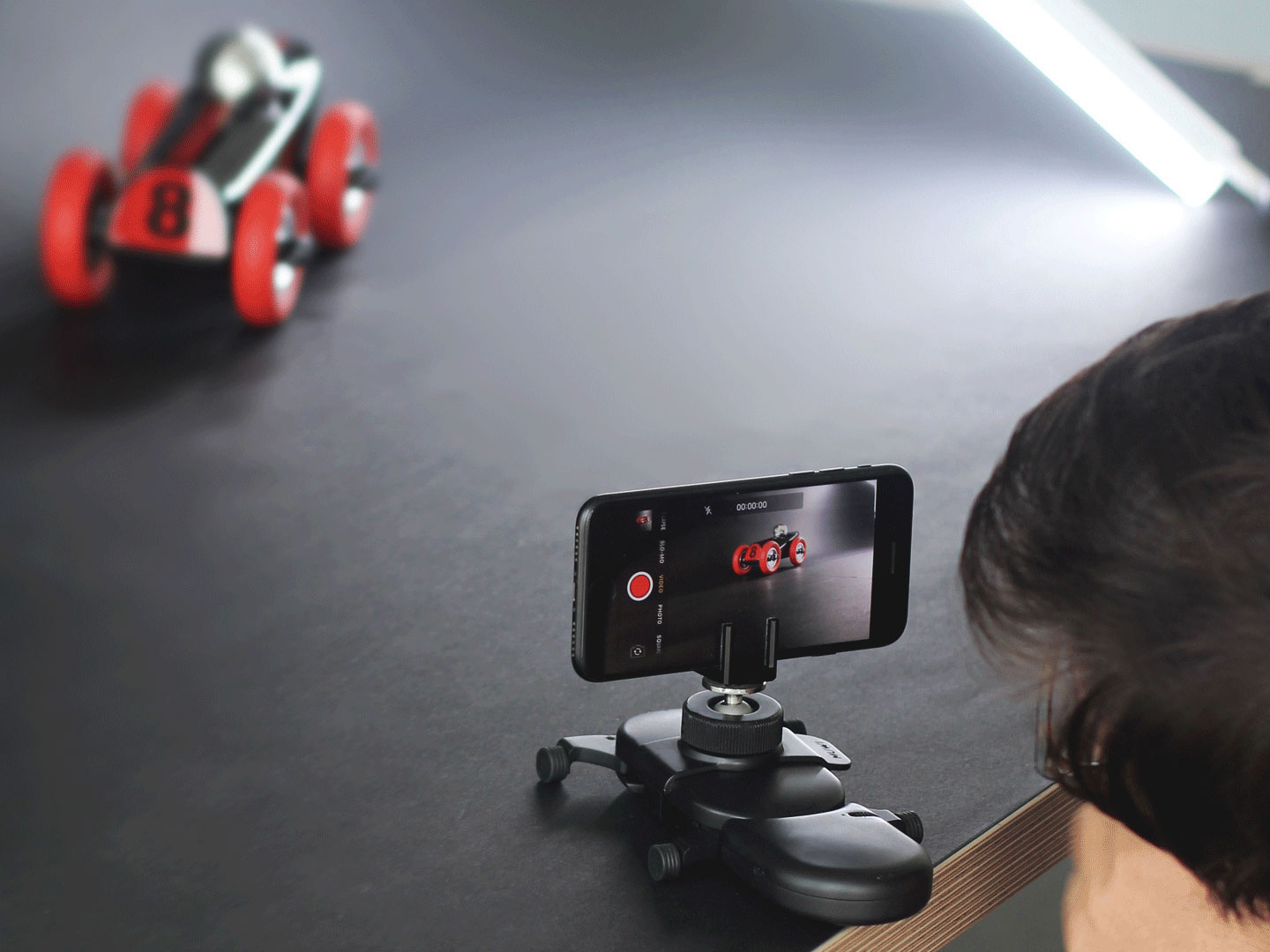 Flow turns your MUWI into a motorized dolly with one click.